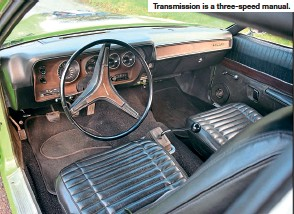 ??  ?? Transmission is a three-speed manual.
