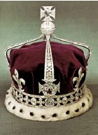 ??  ?? The Koh-i-Noor sits in a Maltese cross at the front of the Queen Mother's Crown