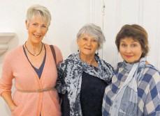??  ?? Dorothy Klundert, Gaile Blaszczyk and Anna Komarnyckyj.