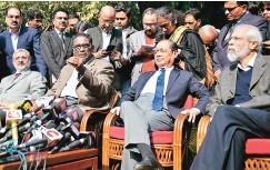 ?? PHOTO: REUTERS ?? (From left) Justices Kurian Joseph, Jasti Chelameswar, Ranjan Gogoi, and Madan Lokur address the media in New Delhi on Friday
