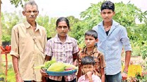 ??  ?? SADP Plus graduate T. Arumugam and his family posing in front of their home garden and its produce.