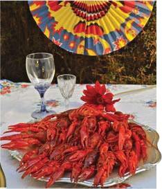 ?? FOTO: MOSTPHOTOS ?? TID FÖR FEST. Kräftpremiären är som sedvanligt i augusti – men skaldjuren finns i butikernas frysar året om numera.