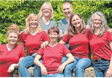 ?? Foto: Andreas Rudolf ?? Das motivierte Team (von links): Monique Hoffmann, Britta Bös, Melanie Walinski, Susanne Hammer, Lore Vlasak, Margret Gölden und Sonja Rudolf-Lauton.