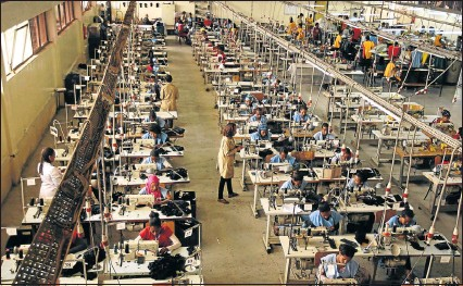 ?? Picture: REUTERS ?? Workers in a leather factory in Addis Ababa help Ethiopia to grow exports of manufactured goods in one of several industrial clusters arising in Africa in recent years.