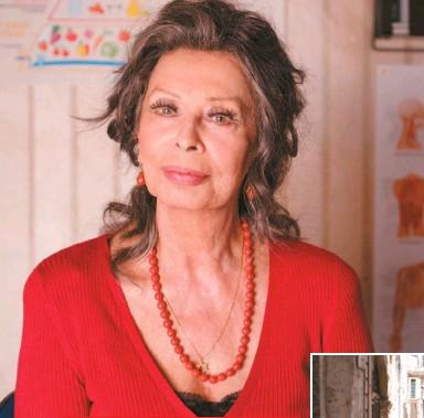 """??  ?? Sofía en su nueva cinta como Madame Rosa. Ha estado confinada todo el año en su apartamento de Ginebra, Suiza, a causa de la pandemia, de la cual confiesa estar aterrada. """"No salgo a ninguna parte"""", dice."""