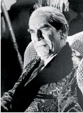 ??  ?? Actor Martin Landau as the character Bela Lugosi in a scene from the film Ed Wood.