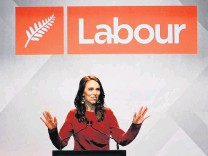 ?? PHOTO: GETTY IM­AGES ?? Labour leader Jacinda Ardern claims vic­tory in the 2020 elec­tion at the party's func­tion at the Auck­land Town Hall on Satur­day night.