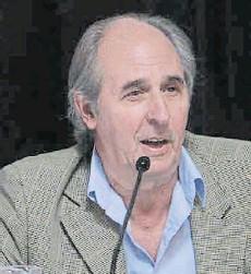 """??  ?? A Guillermo Nielsen lo reemplaza un señor que no tiene ningún tipo de antecedentes dentro de lo que sería el sector energético"""" JORGE LAPEÑA (Ex Secretario de Energía)"""