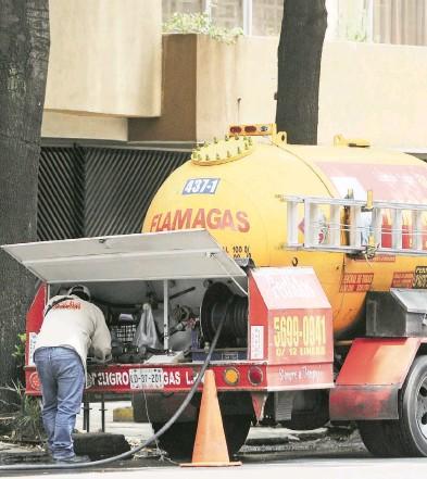 ?? LAURA LOVERA ?? La disposición aplicará para el gas que se entrega en pipas y en cilindros sin distinción