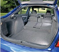 ??  ?? There's 560 litres of boot space with the seats up and a gen­er­ous 1455 litres with them down.