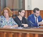??  ?? Элина Сушкевич (в центре) в зале суда.