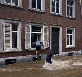 ?? Gert Jochems ?? In de regio Pepinster-Verviers werden al 23 doden geteld.