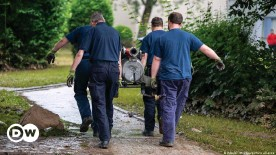 ??  ?? Equipment to pump water from flooded homes is in high demand