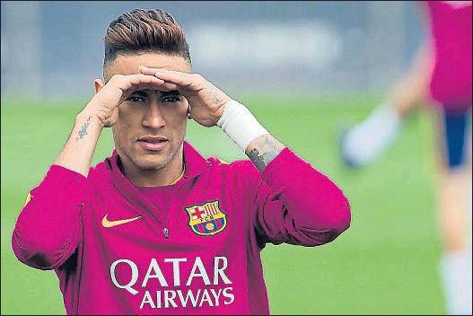 ?? XAVIER GÓMEZ ?? Neymar cobrará 15 millones de euros netos por temporada, más las variables por títulos habituales
