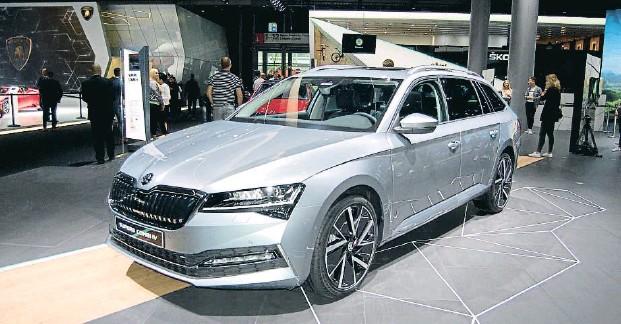 ??  ?? El automóvil checo se renueva y actualiza para ofrecer una imagen más elegante y atractiva