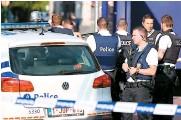 ??  ?? Samedi, un Algérien a attaqué à coups de machette deux agentes devant le commissariat de police de Charleroi.