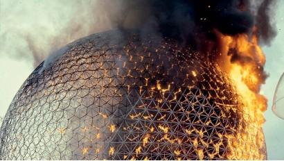 """??  ?? La biopsphère en feu. 1976. Archives de la Ville de Montréal [Circulation infinie]. """"The Biosphere on Fire"""""""