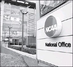 ?? MICHAEL CON­ROY/AP ?? The NCAA ap­proved pro­pos­als that will lift re­stric­tions on col­lege ath­letes.