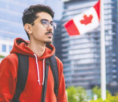 ?? RICARDO PINTO ?? The Canadian government brought Abdullah Sarwari, his mother and two younger siblings to Vancouver in 2019 and when he found out about private sponsorship, he decided to help others.