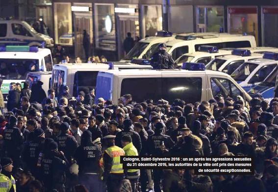 ??  ?? Cologne, Saint-sylvestre 2016 : un an après les agressions sexuelles du 31 décembre 2015, les autorités de la ville ont pris des mesures de sécurité exceptionnelles.