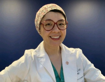 ?? Dr. Yunghan Au photo ?? Sheila Wang, MD, PHD.