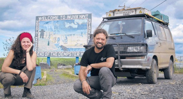 ?? PABLO REY ?? Two couples have spent years on the road with about 50 square feet or less to call home. Above, Anna Callau and Pablo Rey in Inuvik in Canada's Northwest Territorie­s.