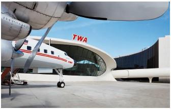 ?? ©David Mitchell ?? wind beneath her wings! The TWA hotel's 1958 Lockheed constellation