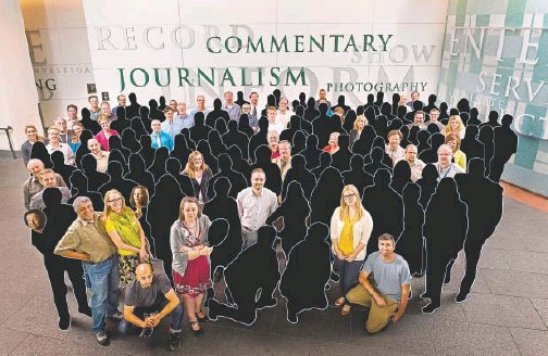 ?? RJ Sangosti, The Denver Post ?? On May 15, 2013, The Denver Post's newsroom staff gathered for a photograph after winning a Pulitzer Prize for its coverage of the Aurora theater shooting. This photo illustrati­on shows the toll that layoffs and constant turnover have taken on the...
