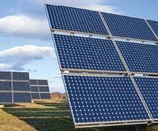 ?? FOTO: MOSTPHOTOS ?? SOLEL. Solkraftsparker finns redan i landet, som kan leverera framtidens el – även om många även kan tänka sig vattenkraft.