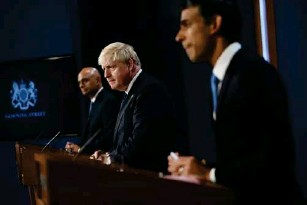 ?? (EPA) ?? Javid, Johnson and Sunak reveal details about the new tax hike at a joint press conference