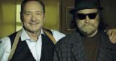 ??  ?? Insieme Kevin Spacey e Franco Nero durante le riprese di «L'uomo che disegnò Dio» diretto da Nero