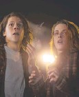 ??  ?? Kristen Stewart and Jesse Eisenberg who plays the unknowing killer.