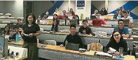 ??  ?? 精算师实务课程(APC)由内聘精算师Sophia Ch'ng亲自授课。