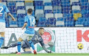 ?? (LaPresse) ?? Ritorno Dries Mertens, 33 anni, rientra titolare dopo l'infortunio alla caviglia e subito va in gol