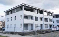 ?? FOTO: MARLENE GEMPP ?? Im Erdgeschoss dieses Gebäudes sind drei statt wie genehmigt zwei Einheiten gebaut worden.