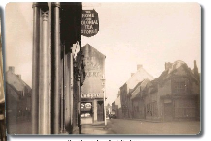 ??  ?? Above: Coventry Street, Stourbridge, in 1931 Left: Looking from Coventry Street towards Angel Street