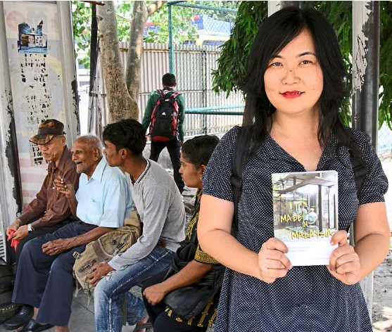 ??  ?? Connecting with people: alexandra Wong's debut book tells the stories of real-life encounters with 'ordinary malaysians and their unforgettable acts of heroism and kindness'. — yap CHee HONG/The Star