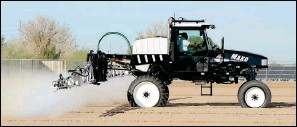 ??  ?? A GVM MAKO 440 SELF-PROPELLED SPRAYER is put through its paces Wednesday morning at the Jordan Equipment tent at the summit.