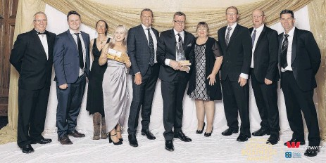 ??  ?? Mitre 10 MEGA Dunedin and Mitre 10 Mosgiel were the Westpac Otago Business Awards Excellence in Retail winners in2018.
