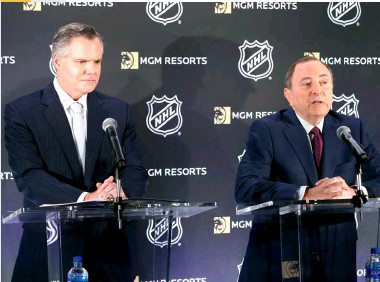 ??  ?? GAMBLE ON GAMBLING MGM CEO James Murren was the first to cut a deal with the NHL once sports betting became legal at the state level.