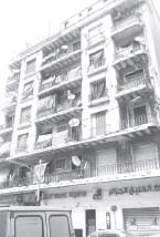 ??  ?? Un immeuble recensé dans l'opération du vieux bâti situé à la rue Hassiba Ben Bouali