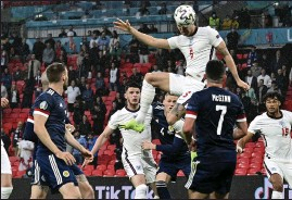 ??  ?? An ummarked John Stones saw a first-half header come crashing back off the post in the 0-0 draw against Scotland at Wembley