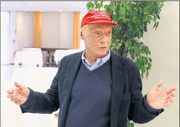 ?? [ Reuters ] ?? Rechtlich gibt es keine Hürden, auch finanziell passt alles: Niki Lauda kann durchstarten.