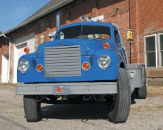"""??  ?? The 96BBC truck, the """"BBC"""" for """"Bumper-to-back-of-cab,"""" was a revision to the standard Studebaker front end that lobbed 10.5 inches from the length of the truck. After studying available documents, Marv estimates under 50 were built. All the diesel trucks had the thermostatically controlled Kysor shutters, though on the standard Transtar they were behind the grille. This prevented overcooling under light loads or cold weather"""