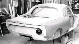 ??  ?? The wooden 'master' for the Matra Djet's slender GRP body takes shape in the workshop