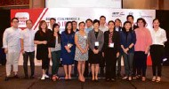 ??  ?? Natiya Suchinda (front row, 7th from left) the Director of Office of Agricultural and Industrial Trade Promotion, Department of International Trade Promotion, Ministry of Commerce in Thailand pose with Philippine importers and associations from the food and beverage industry during the press conference for Thaifex-anuga Asia 2020.
