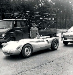 ??  ?? Below, clockwise from left: 1966 – Hockenheim and Opel transporter with the prototype 910 Spyder; 1967 – one of the first photos of the new Merecedes LO317 with a 910; 1968 – 907s on their way to Sebring, but the Mercedes stayed at home…
