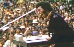 ?? (Mass Distraction Media/Sundance Institute/TNS) ?? SLY STONE is featured in 'Summer of Soul (...Or, When the Revolution Could Not Be Televised),' the directorial debut of Ahmir 'Questlove' Thompson.