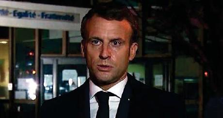 ??  ?? Conflans-sainte-honorine (Yvelines), hier. « Il n'y a pas de hasard si ce soir, c'est un enseignant que le terroriste a abattu, parce qu'il a voulu abattre la République dans ses valeurs, les Lumières », a souligné,emmanuel Macron.