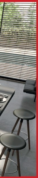 ??  ?? ARAN CUCINE La cucina Oasi, firmata da Stefano Boeri Architetti è un vero e proprio concept con al centro il tema della sostenibilità. Tratto distintivo del modello è l'albero, cuore dell'isola, ma anche l'essenzialità del design, la ricerca e l'innovazione tecnologia che ha permesso di rendere multifunzione il monoblocco.